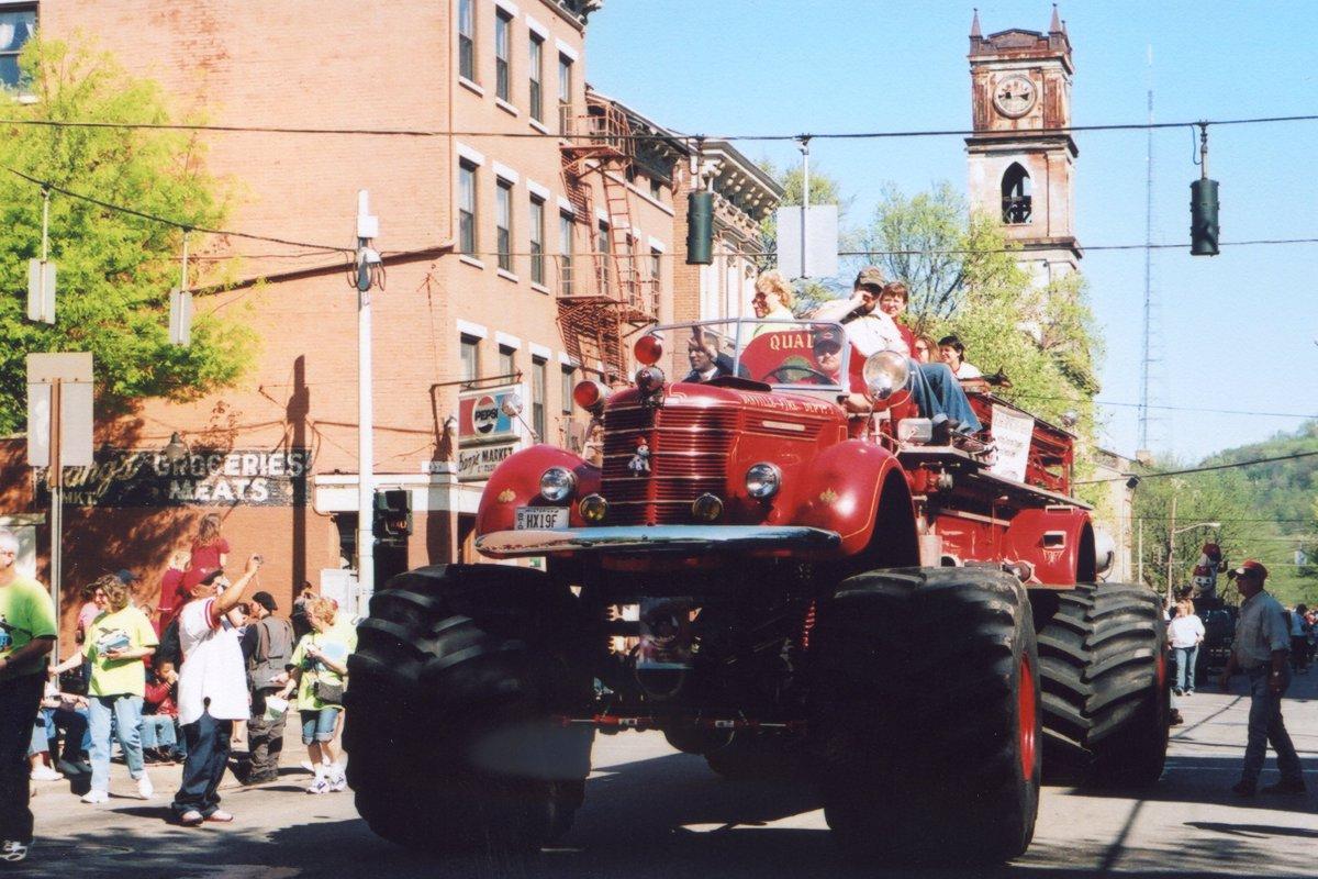 2007 Parade Photos Findlay Market Parade